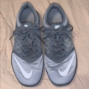 Nike Women's Gray Running Shoes